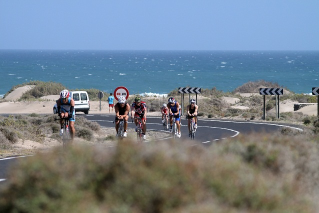 age groupers leave famara