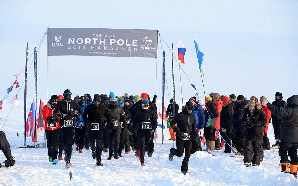 Salida del North Pole Marathon 2014_©Mike King