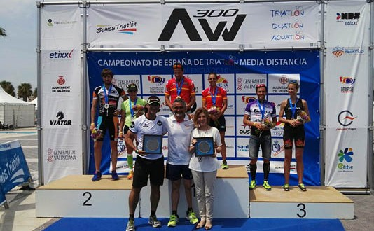 Podio-mixto_Valencia-2016-534x330