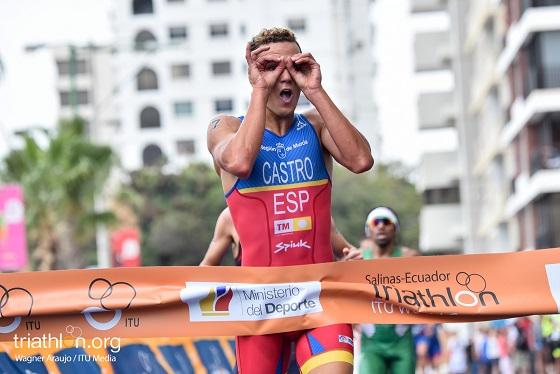 David Castro during the finish line portion of 2016 ITU Salinas World Cup in Salinas, Ecuador on September 25, 2016. Photo by Wagner Araujo / ITU Media.