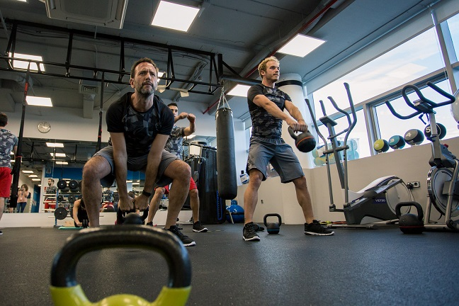 ejercicios correas suspension decathlon
